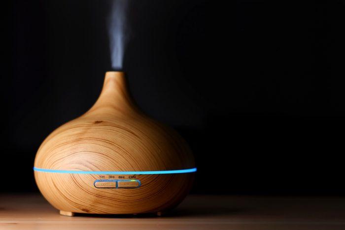 https://www.elle.be/fr/291138-concours-remportez-un-diffuseur-dhuiles-essentielles-olfae-et-programmez-votre-bien-etre.html